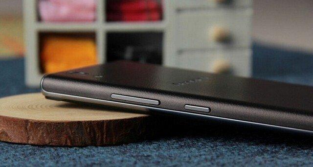 Điện thoại Lenovo P70