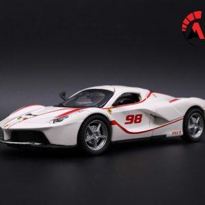 Mô hình xe Ferrari LaFerrari No.98 1:32 Double Horses