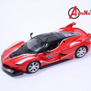 Xe mô hình Ferrari FXX K 1:32