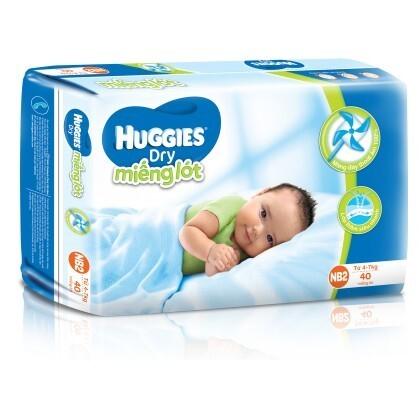 1626569645 Mieng lot Huggies Newborn 2 40 mieng tre tu 4